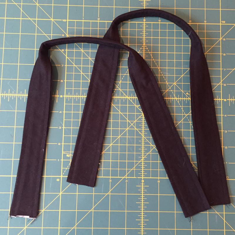 Sewn handles.