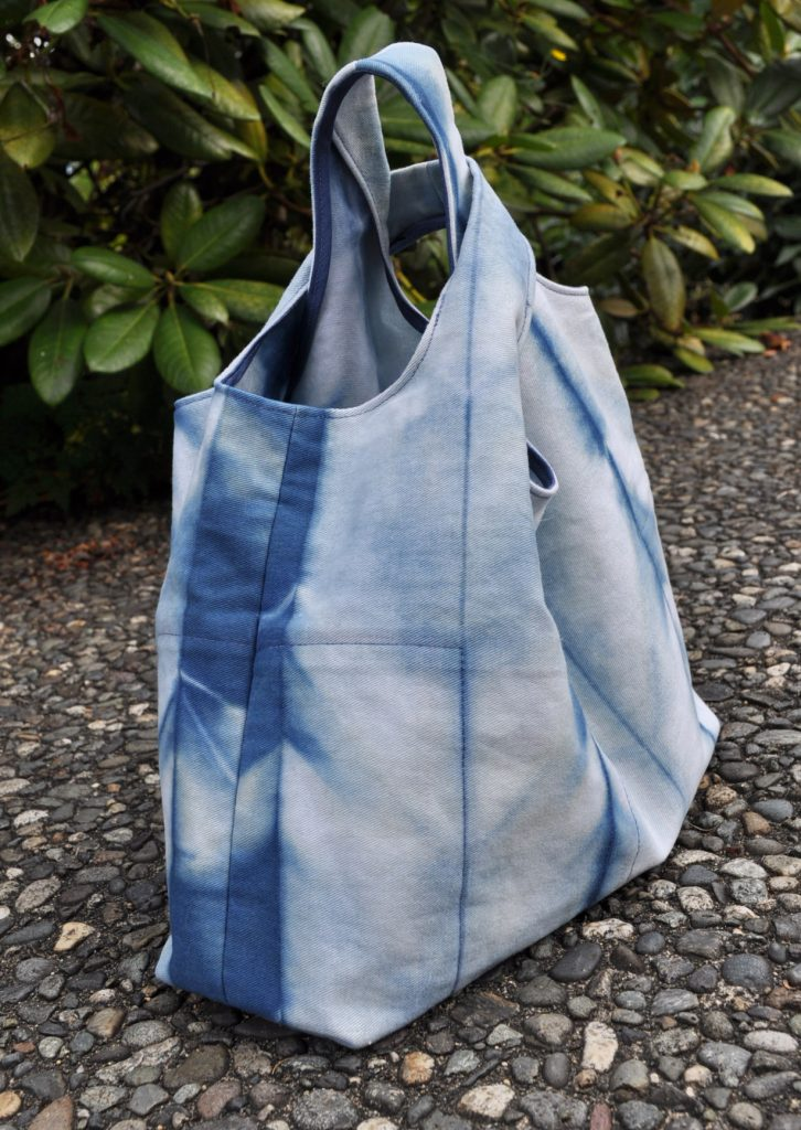 Shibori Stowe Bag- Side View