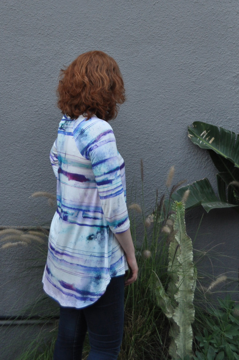 Watercolor Ebony Side View | Style Maker Fabrics