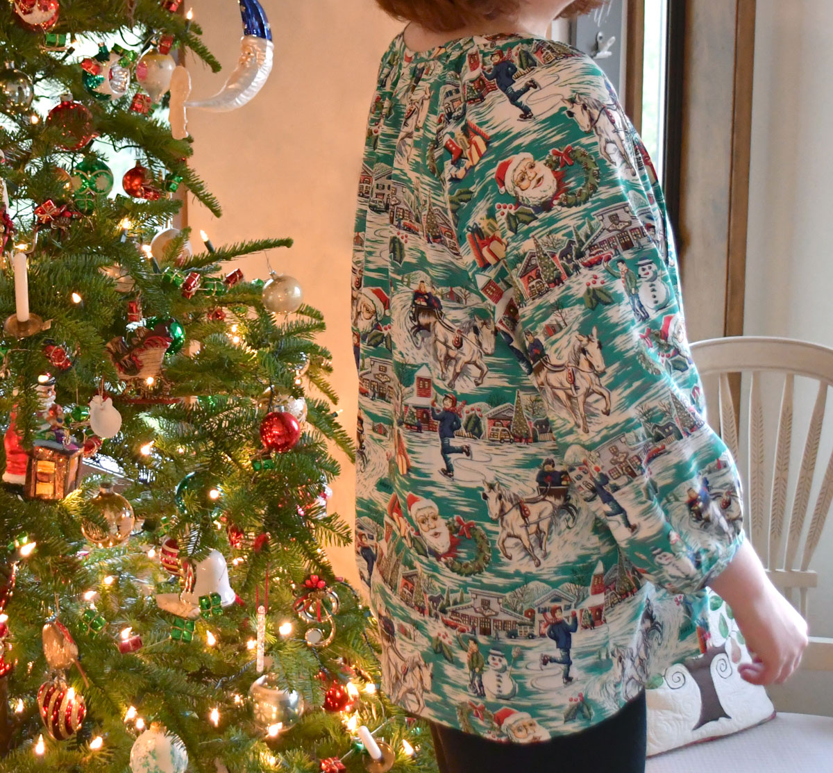 Christmas Roscoe Blouse Back | Style Maker Fabrics