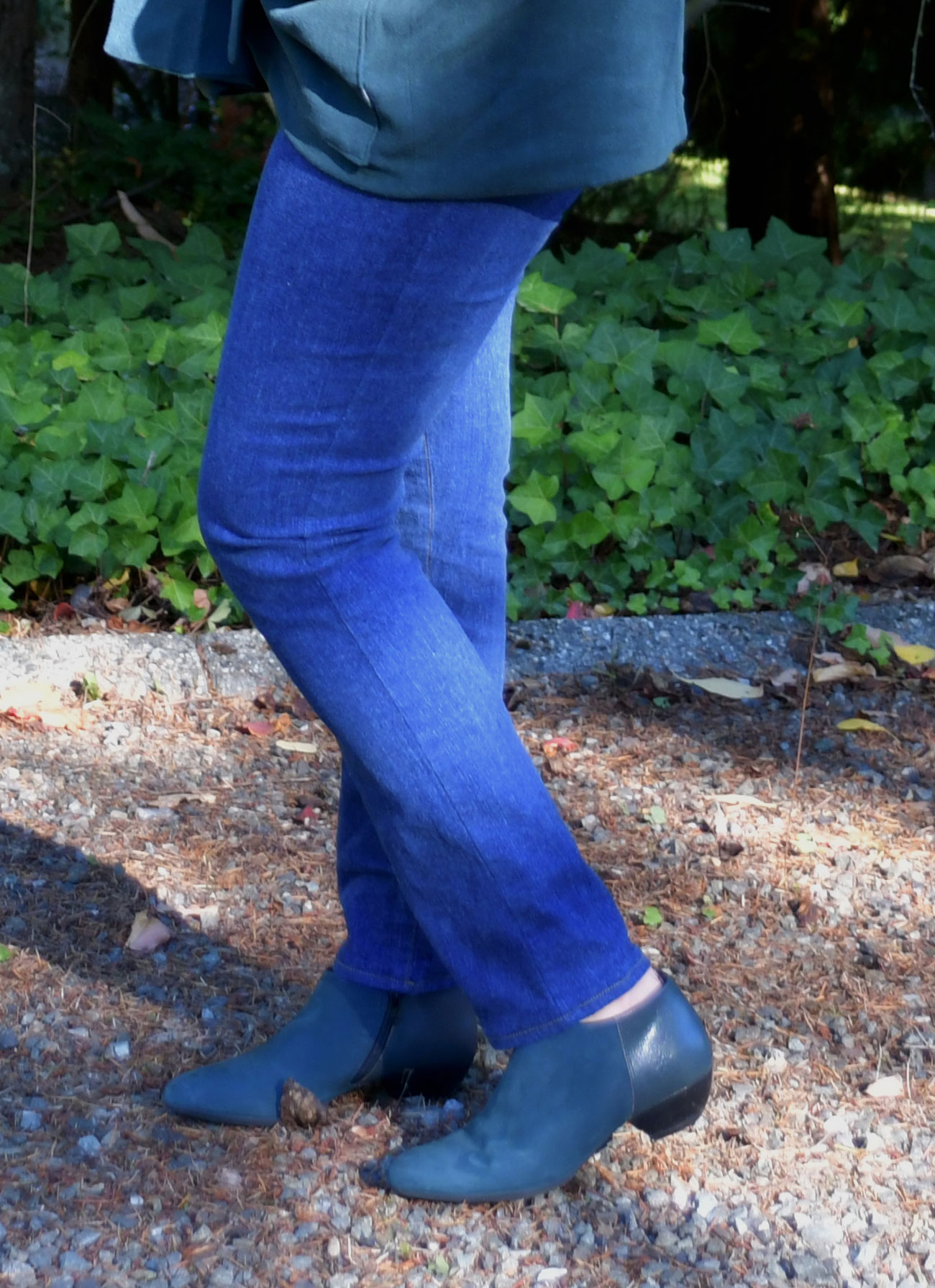Ginger Jeans Side View | Style Maker Fabrics