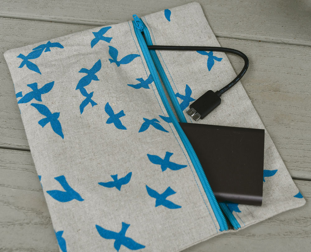 Portside Travel Pouch | Style Maker Fabrics