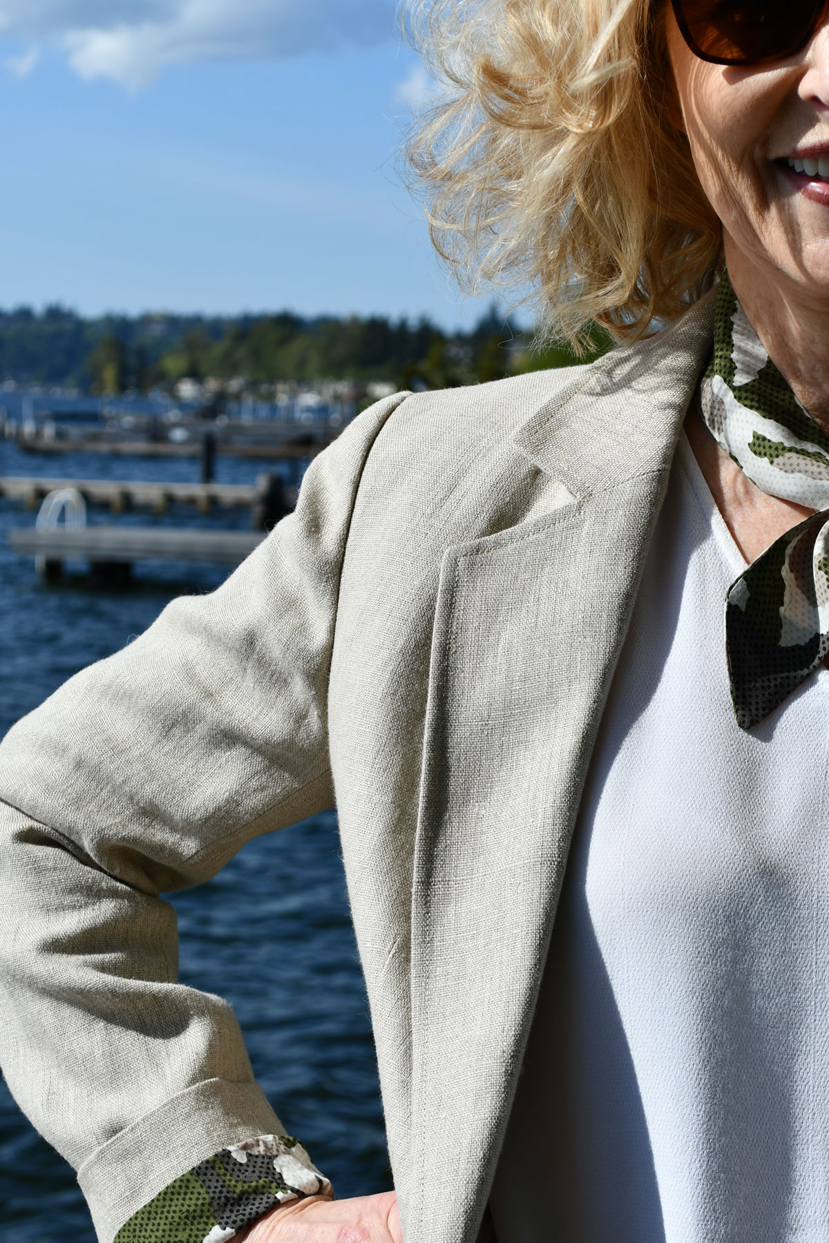Linen Jasika Blazer lapel and sleeve detail.