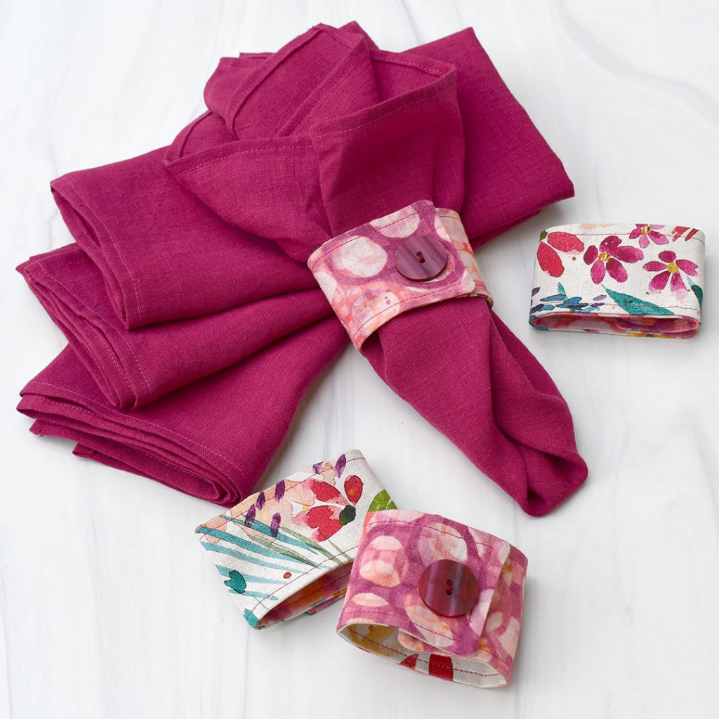 Completed linen napkin set + napkin rings | Style Maker Fabrics