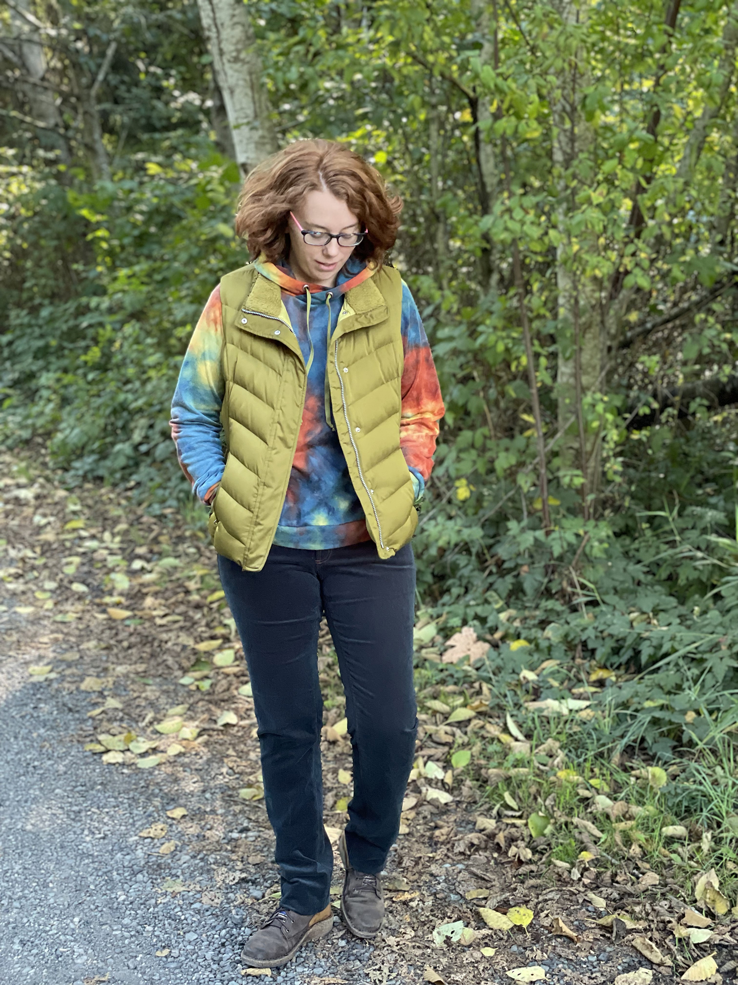 Compete Outfit—Page Hoodie + Ginger Jeans + Vest